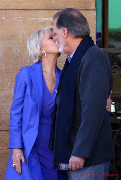 Helen Mirren & Taylor Hackford Kiss