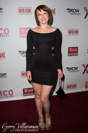 Claire Robbins