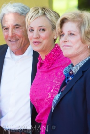 Kaley Cuoco with her parents